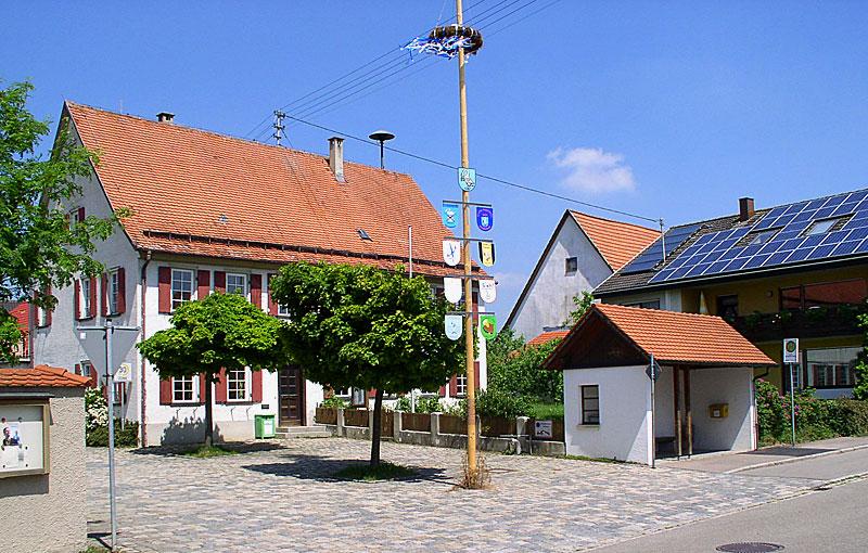 Maibaum in Sonderbuch