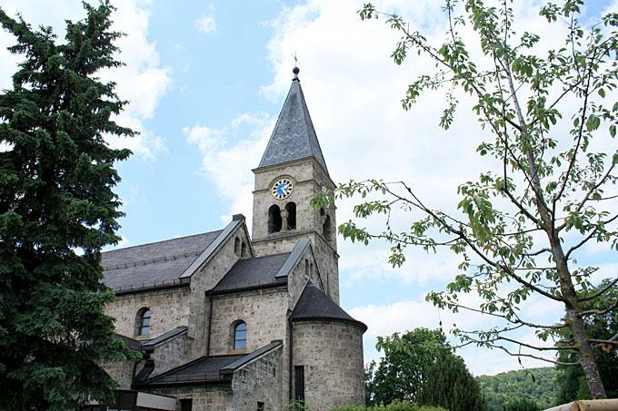 Katholische-Kirche-1